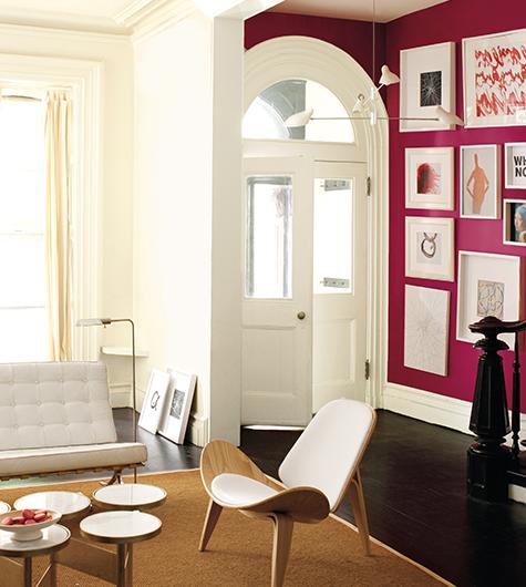 7.accentlivingroom_whiteonbright.jpg