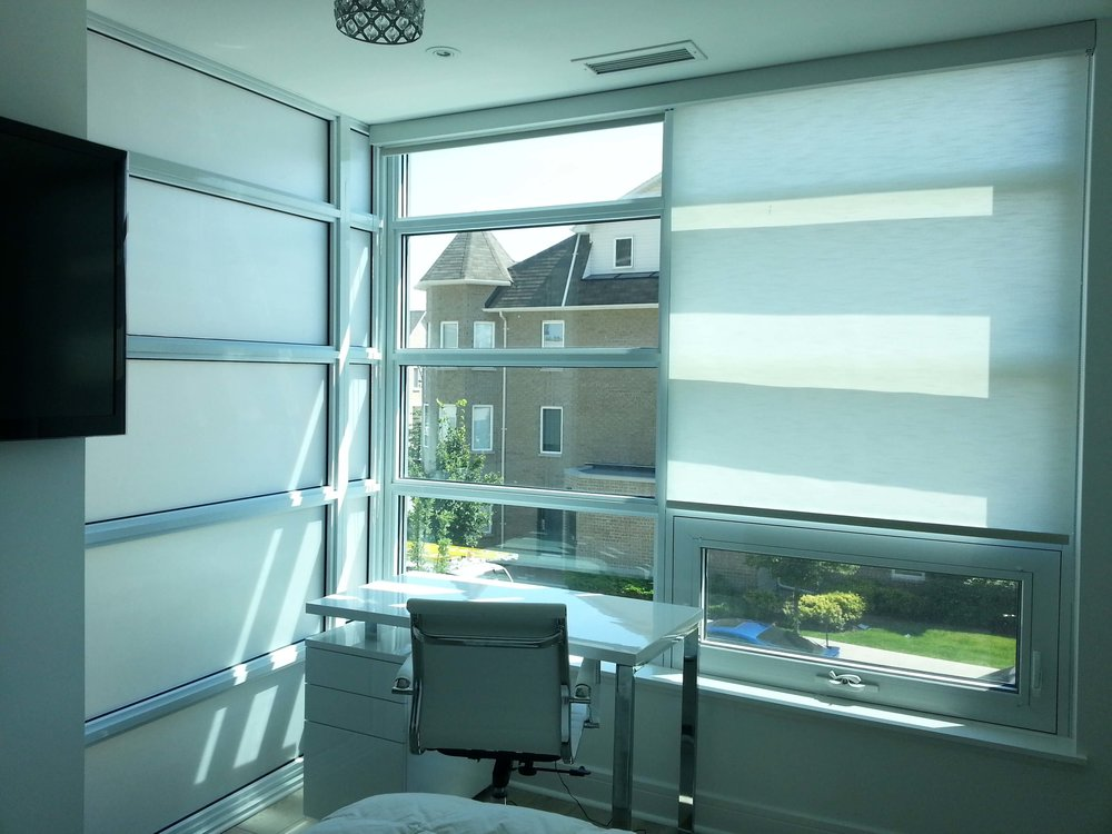 <p><strong></strong>Decozi Decorative Window Film</a></p>