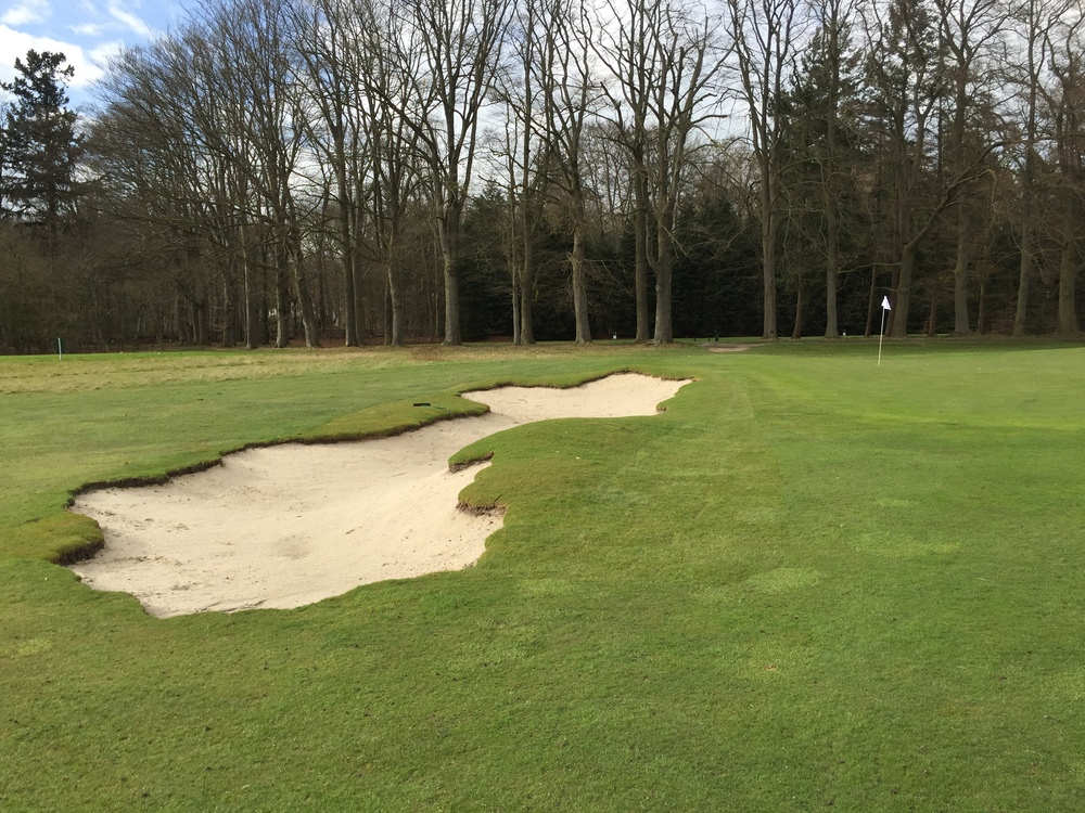 Bonus image of the 13th green bunker showing how it changes form as it is encountered