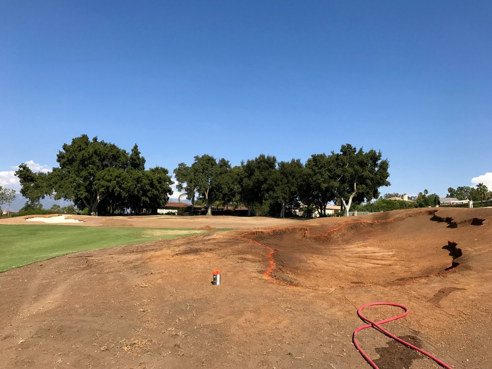 hochstein-design-2017-the-work-redlands-hole-2-fairway-bunker-close.jpg