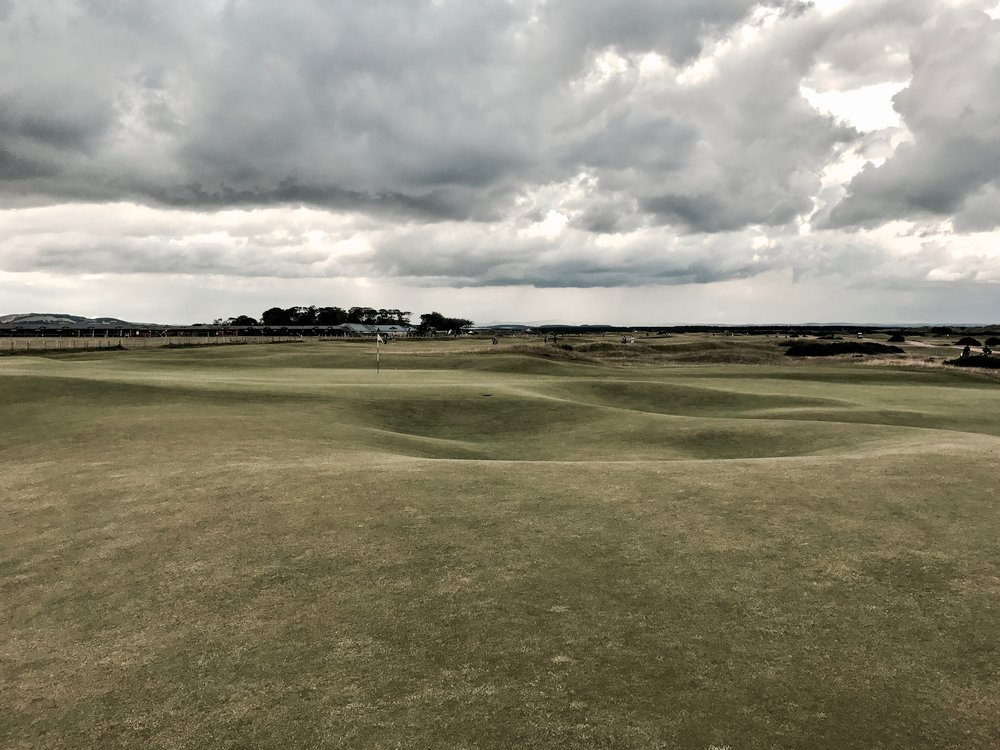 hochstein-design-best-of-2017-part-3-st-andrews-old-course-playing-hole-2.jpg
