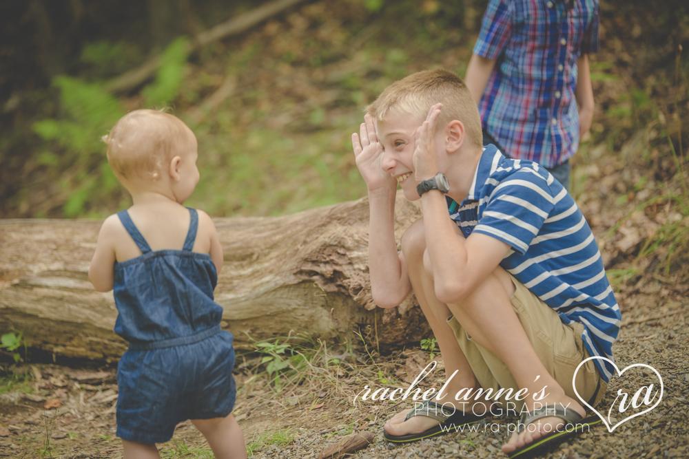 030-MAZZONI-FAMILY-KIDS-PHOTOGRAPHY-DUBOIS-PA.jpg