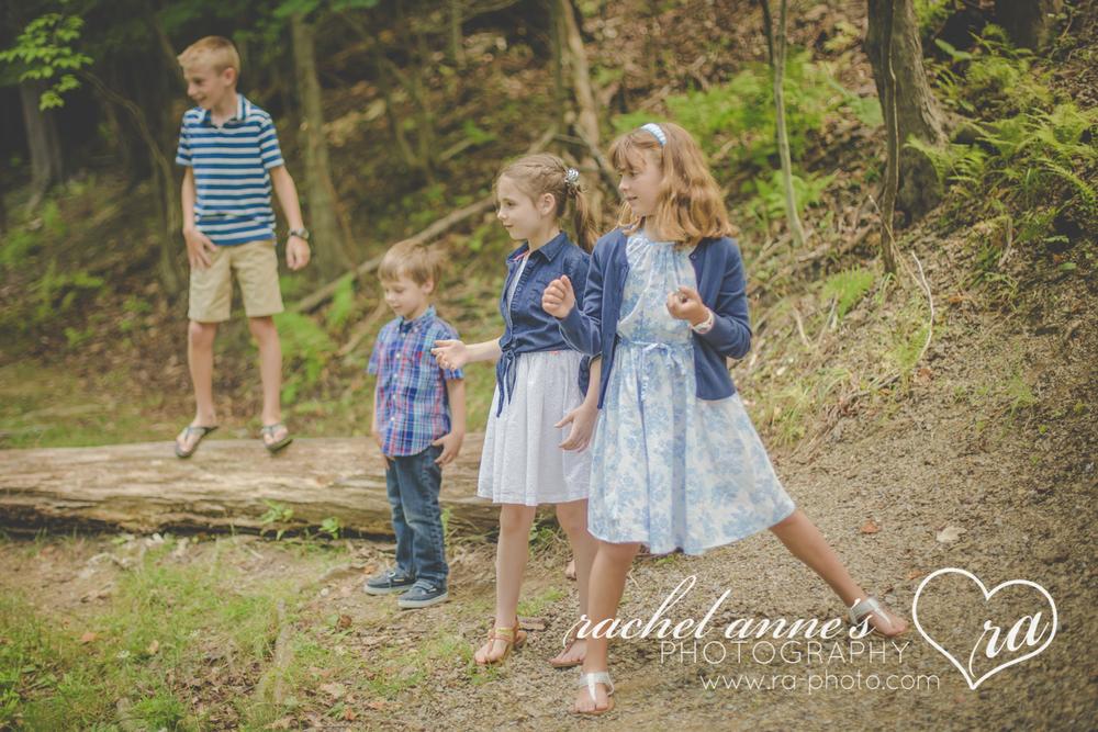033-MAZZONI-FAMILY-KIDS-PHOTOGRAPHY-DUBOIS-PA.jpg