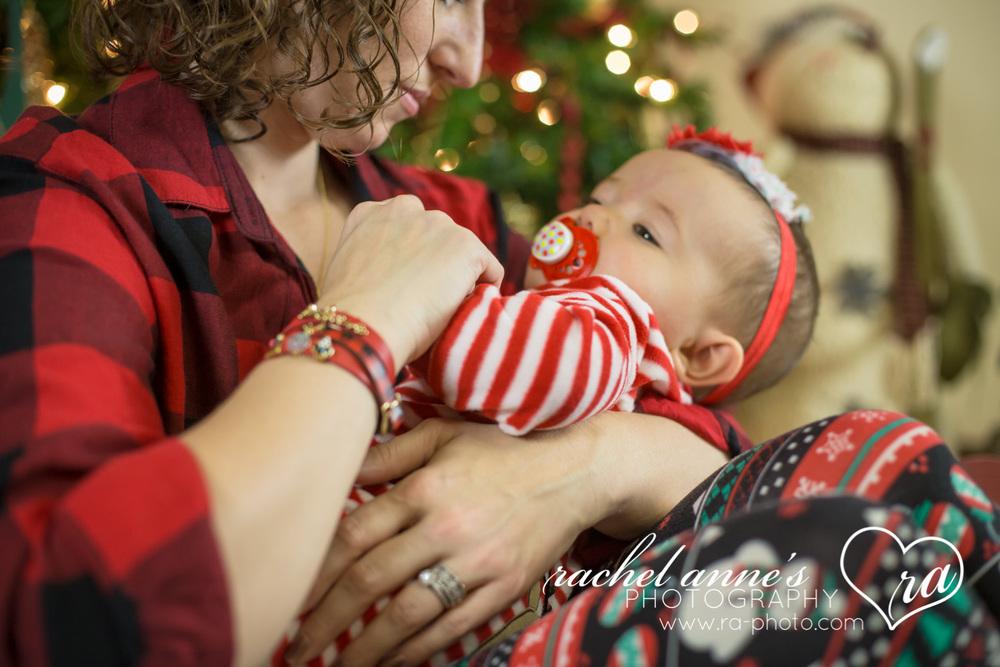041-SRL-CHRISTMAS-FAMILY-PORTRAITS.jpg