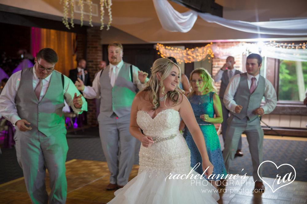 070-CMQ-TREASURE-LAKEVIEW-LODGE-DUBOIS-WEDDINGS.jpg