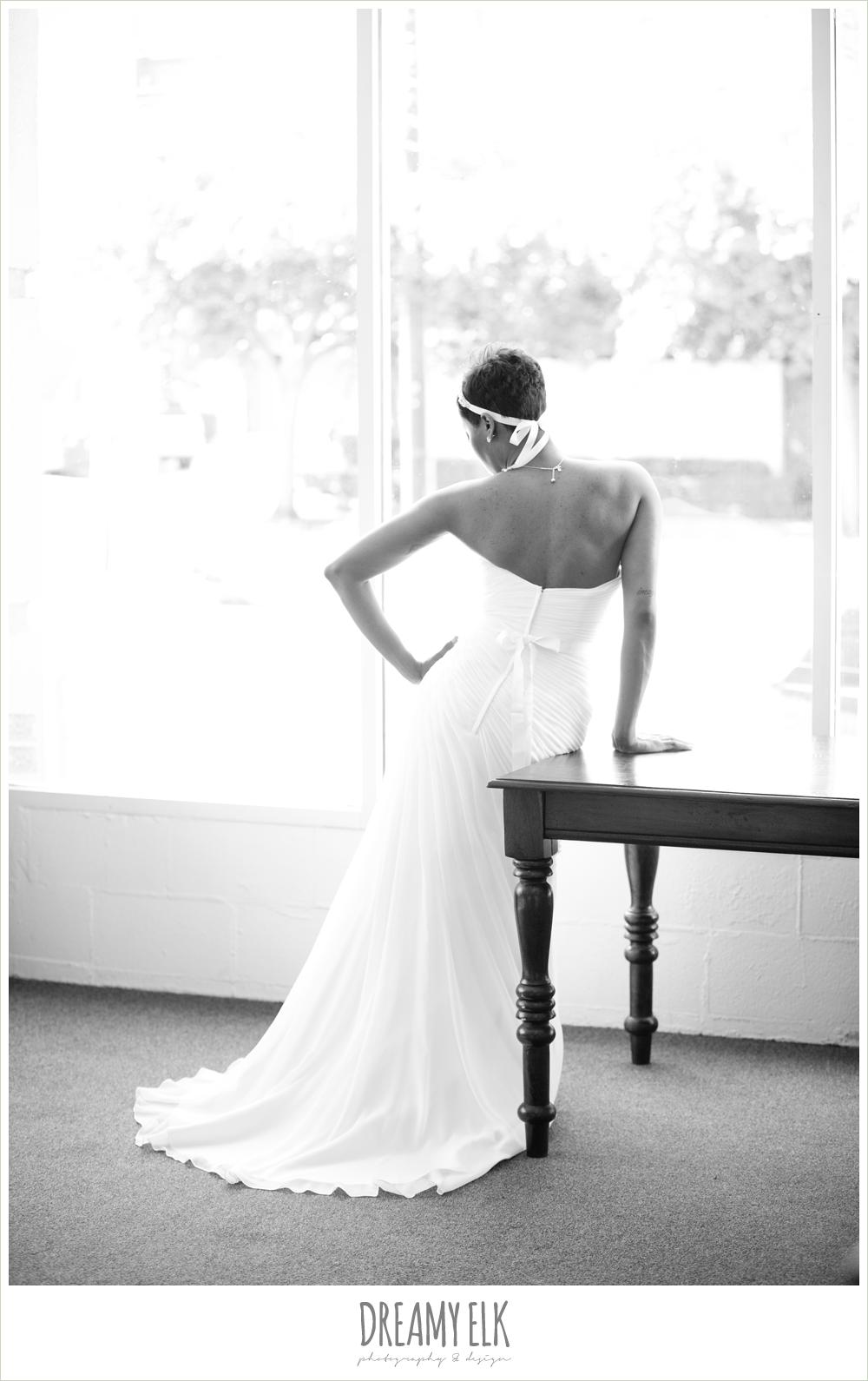13 bre'onna, brazos bookstore bridals
