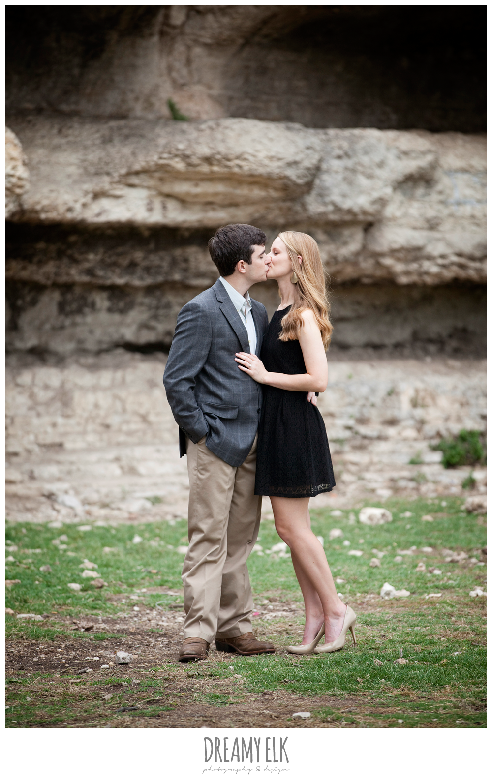 zilker park, classy outdoor engagement photo