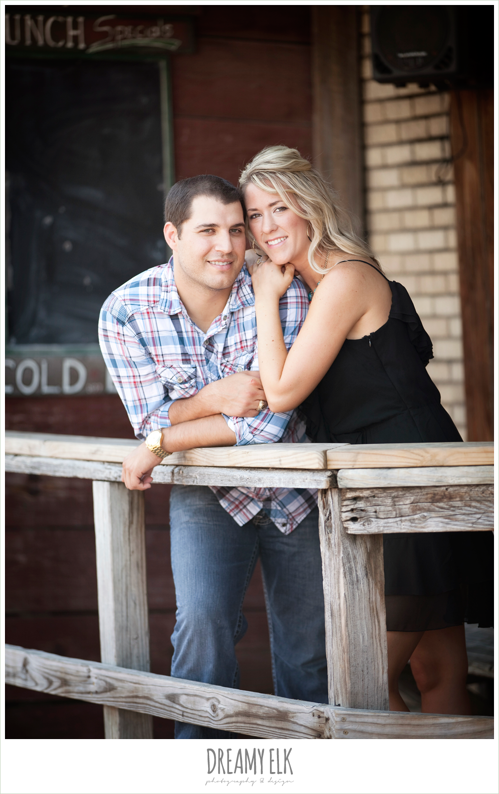 northgate, dixie chicken, engagement photo