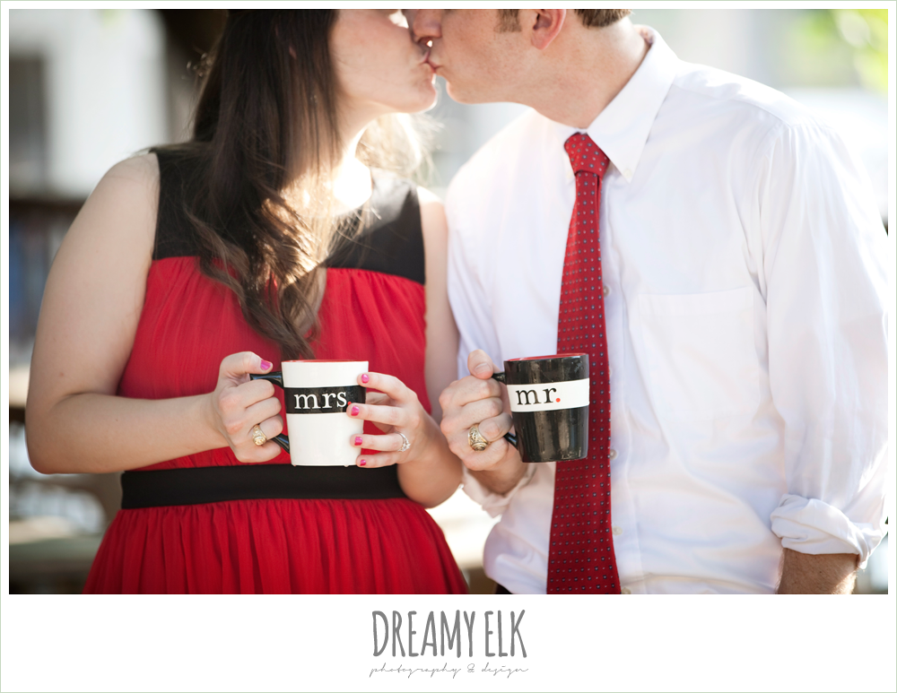 mozart's coffee, austin engagement photo