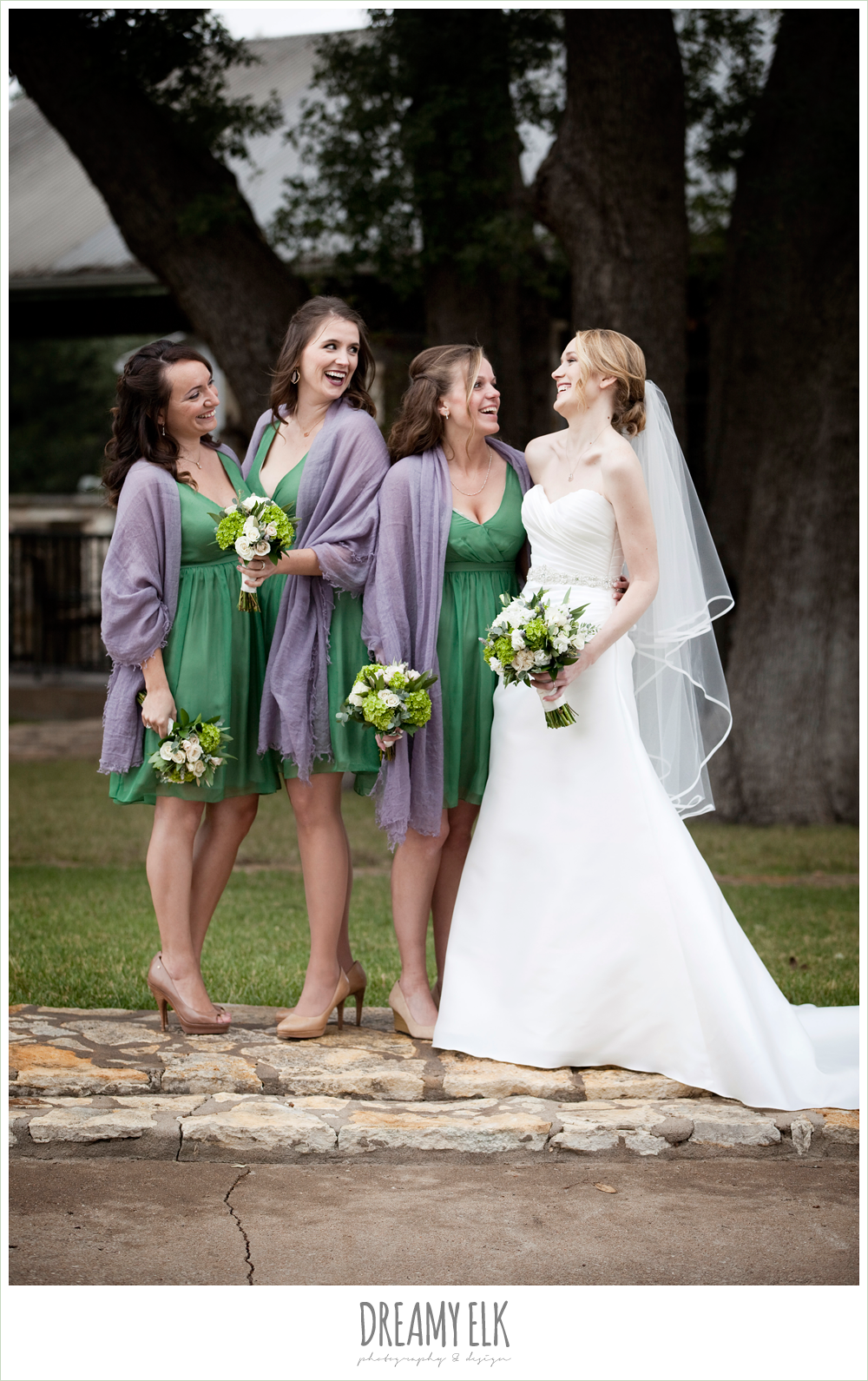 short green bridesmaids dresses, purple shawls, winter vineyard wedding, dreamy elk photography and design