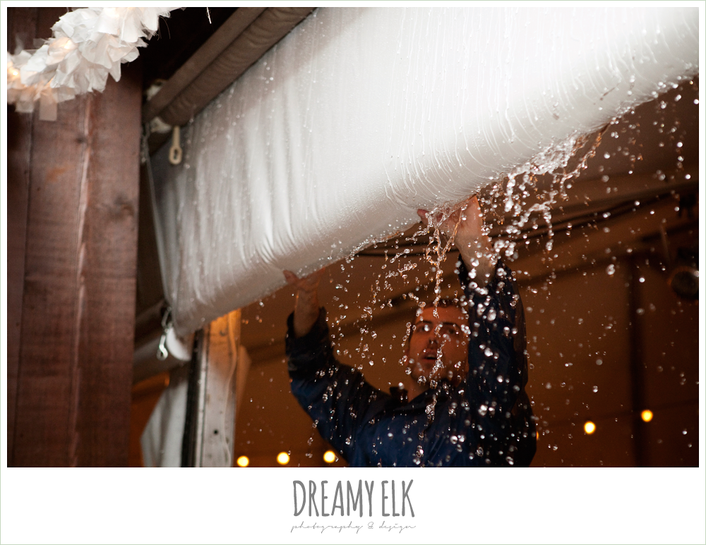rain during reception, fall wedding, rock lake ranch, dreamy elk photography and design