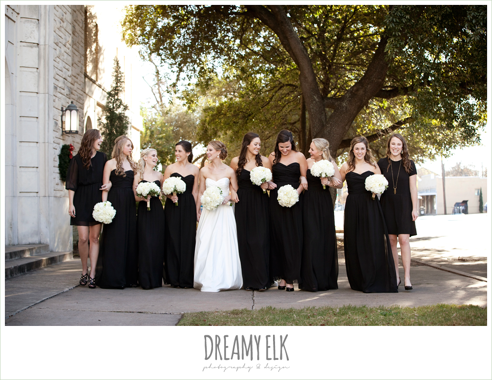 floorlength black bridesmaids dresses, sweetheart strapless wedding dress, white wedding bouquet, black bridesmaids dresses, winter wedding, austin wedding photographer, dreamy elk photography and design