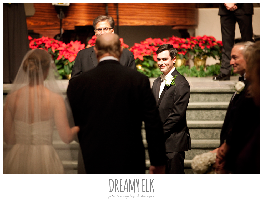 groom's reaction to bride walking down the aisle, winter wedding, austin wedding photographer, dreamy elk photography and design