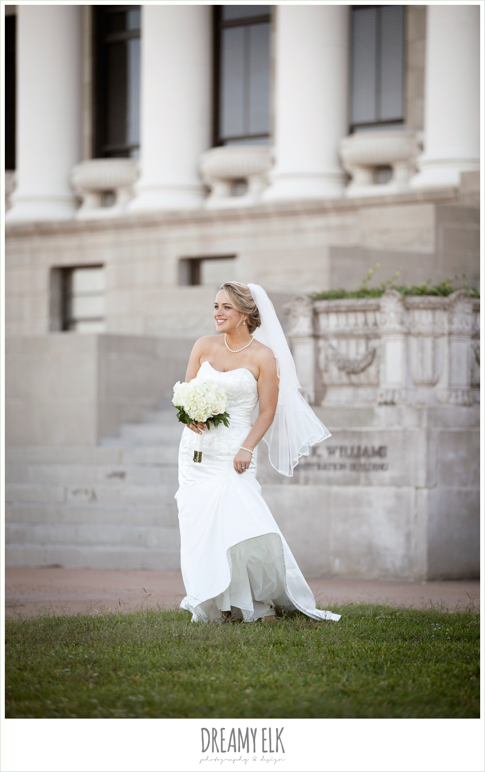 texas a&m campus, bridal photo, trumpet satin wedding dress, white wedding bouquet {dreamy elk photography and design}