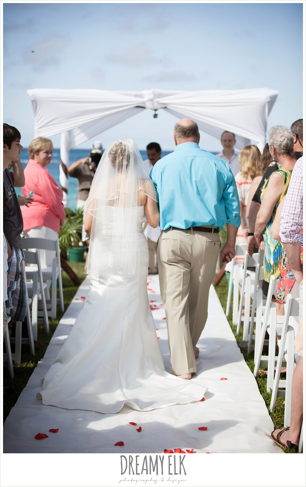 bride and dad walking down the aisle, outdoor destination wedding, cozumel {dreamy elk photography and design} photo