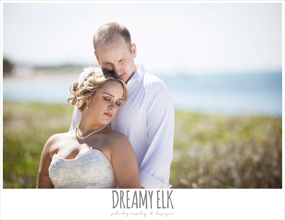 bride and groom on the beach, destination wedding, cozumel {dreamy elk photography and design} photo