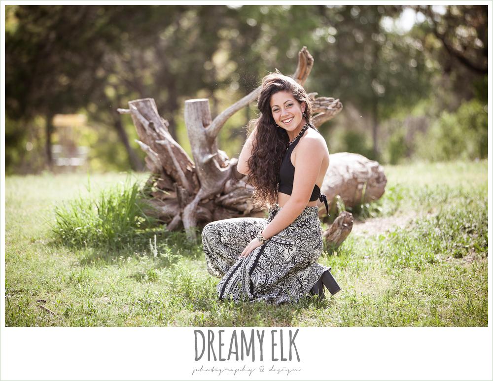 outdoor high school senior photo, brushy creek park, austin, texas {dreamy elk photography and design}