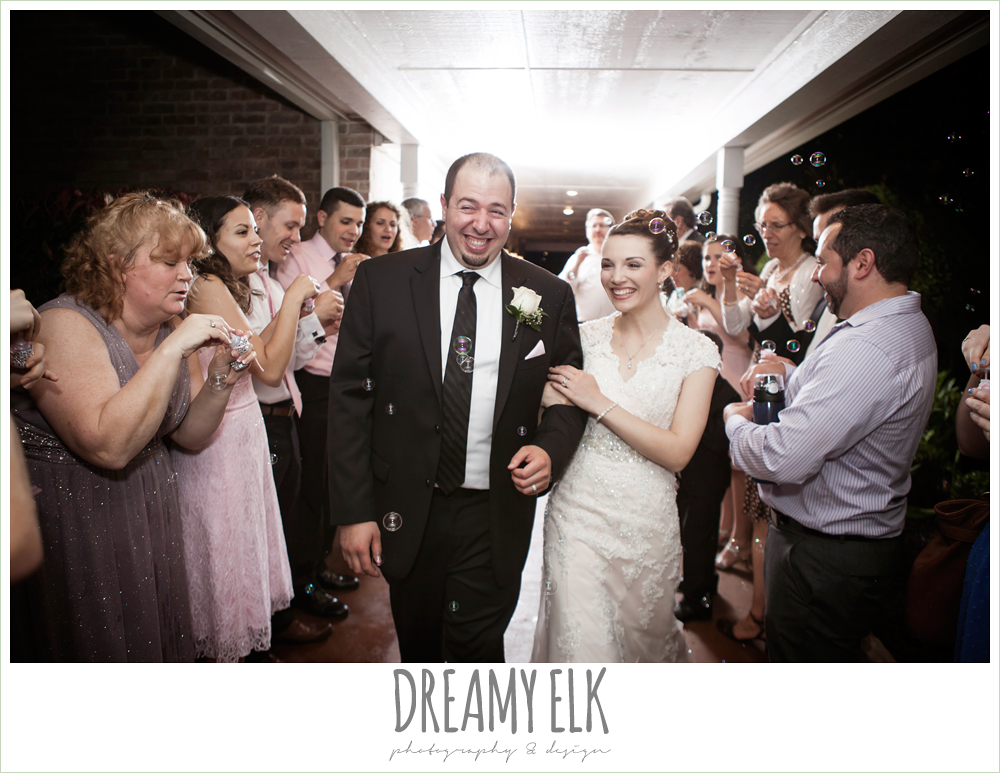 bubble exit, northeast wedding chapel, rainy wedding day photo {dreamy elk photography and design}