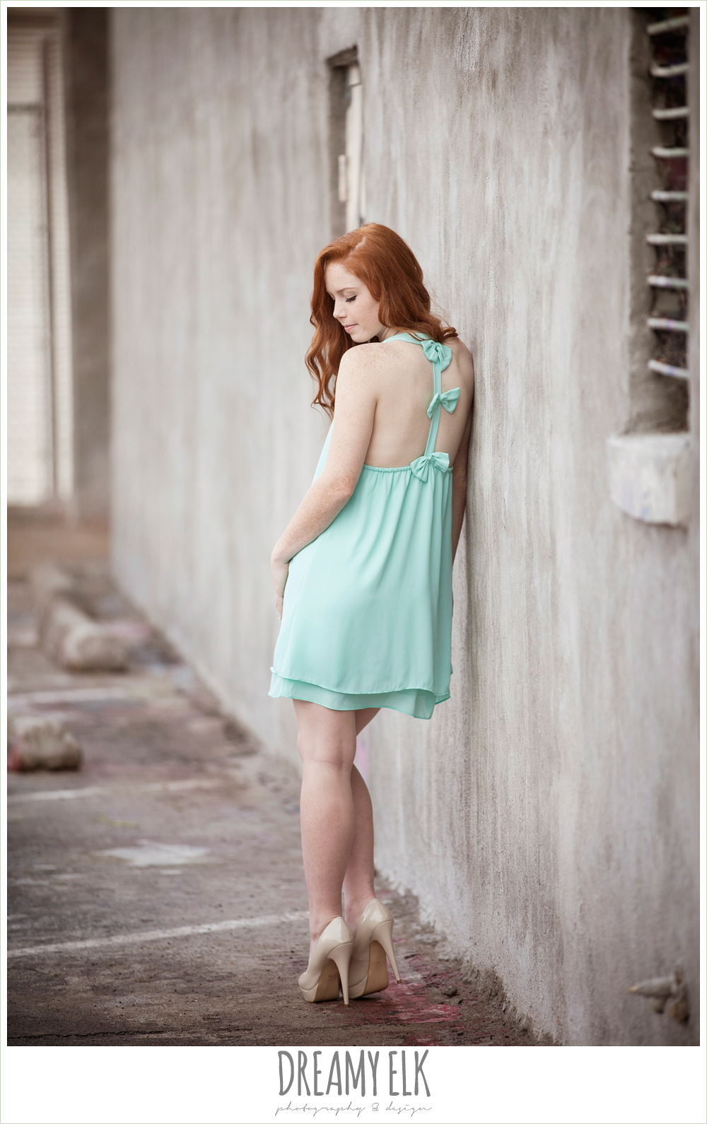 urban high school senior girl photo, deep ellum, texas {dreamy elk photography and design}