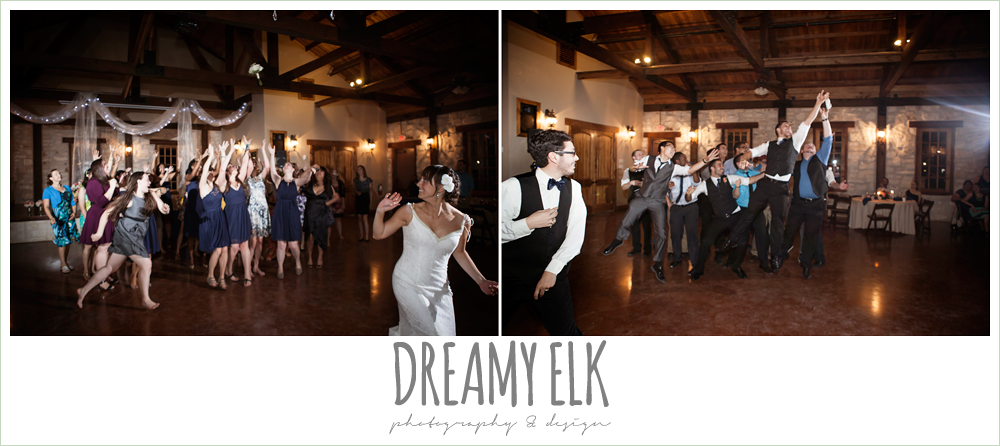 bride throwing bouquet, groom tossing garter, pecan springs, houston, texas photo {dreamy elk photography and design}