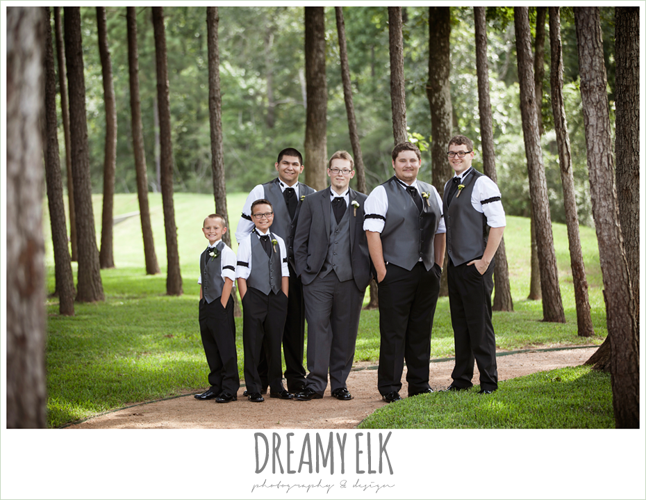 outdoor bridal party, groom and groomsmen, amber springs summer wedding photo {dreamy elk photography and design}
