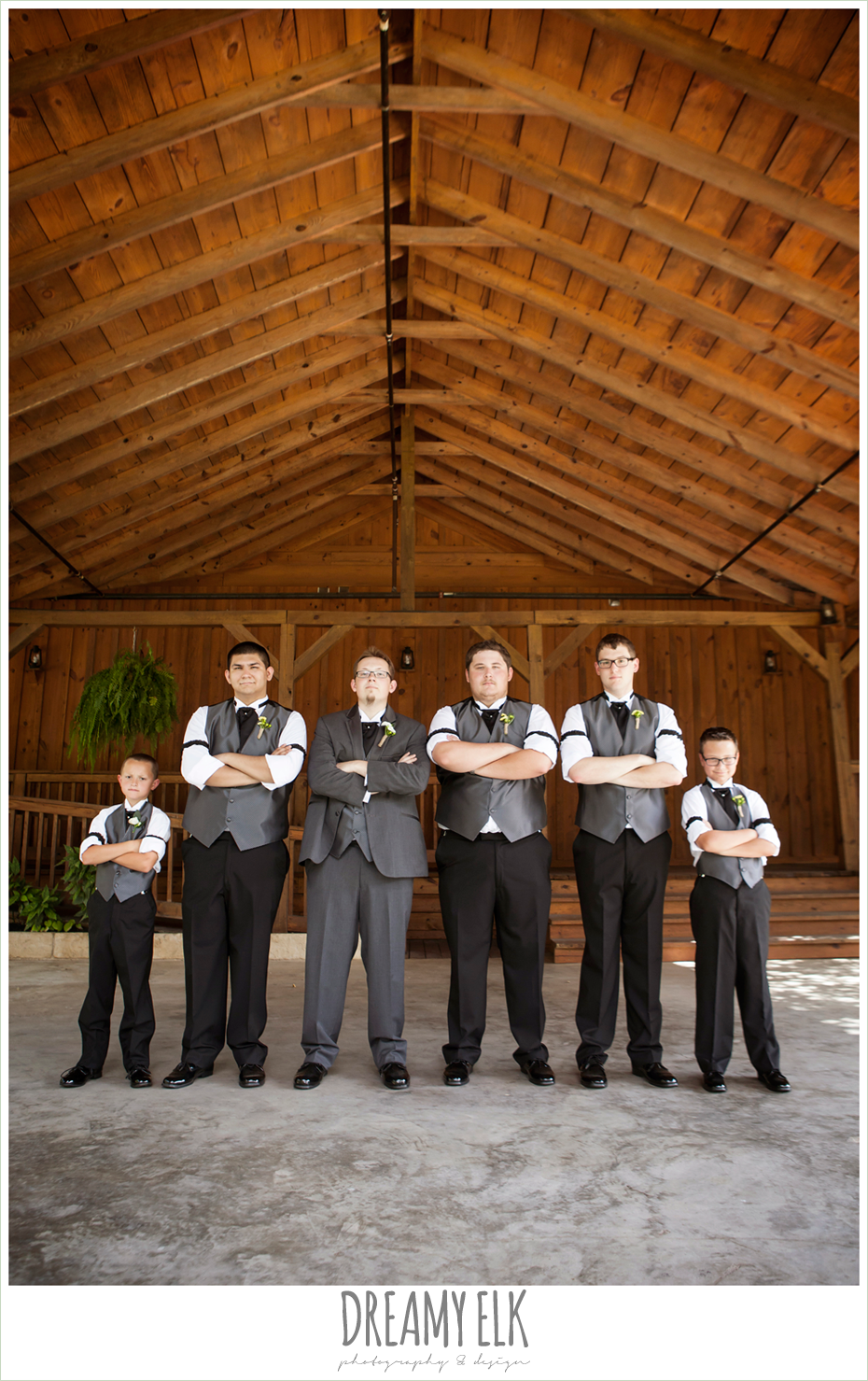 groom and groomsmen, bridal party, amber springs summer wedding photo {dreamy elk photography and design}