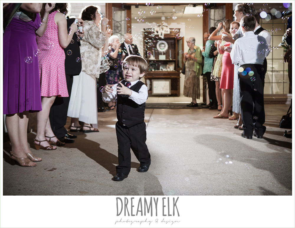 wedding send off with bubbles, magnolia lake, summer wedding photo {dreamy elk photography and design}