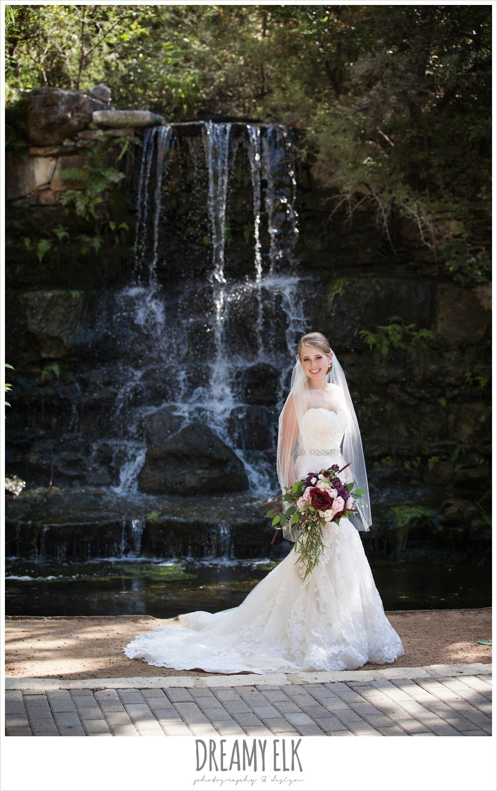 pink, burgundy, purple wedding bouquet, mermaid lace strapless wedding dress, summer outdoor bridal photos, zilker botanical gardens, austin, texas {dreamy elk photography and design}
