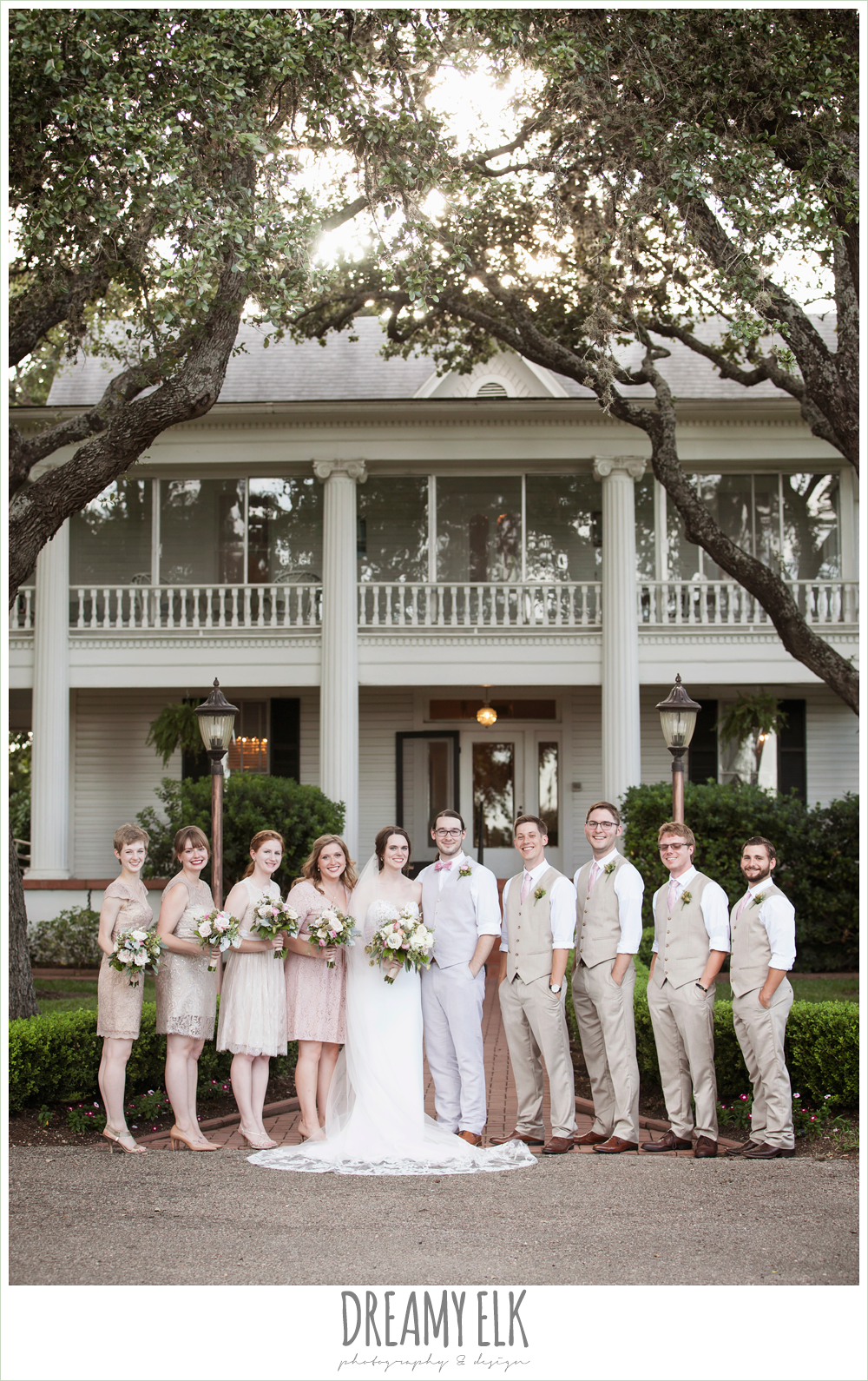 outdoor wedding bridal party, blush tones wedding, the winfield inn, photo {dreamy elk photography and design}
