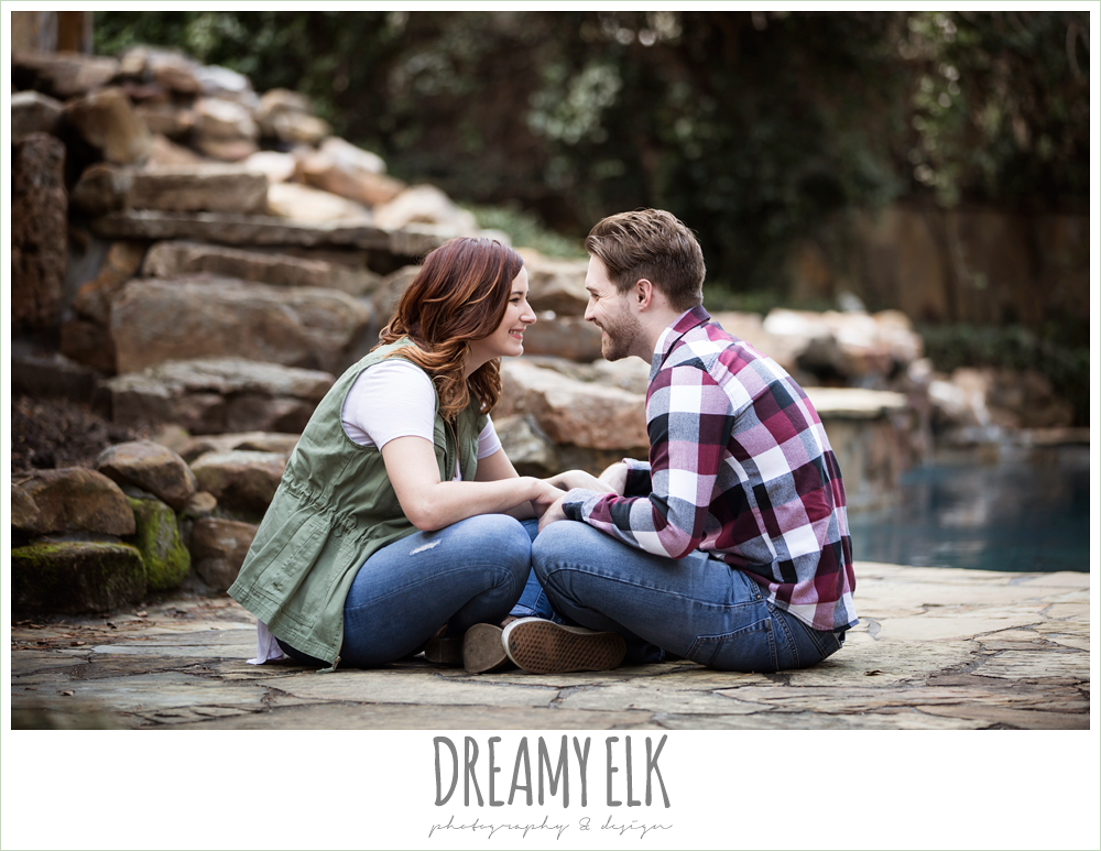 backyard spring engagement photo, casual wardrobe {dreamy elk photography and design}