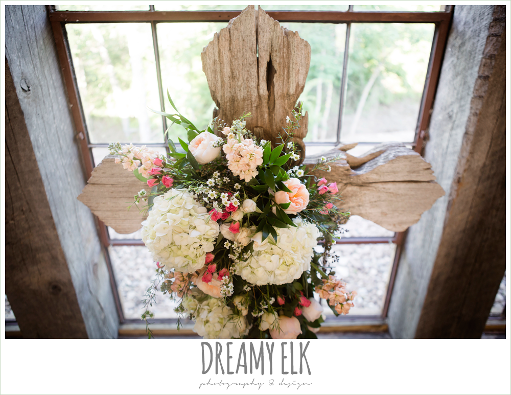 ceremony cross, carter's florist, rustic chic, spring wedding photo, big sky barn, montgomery, texas {dreamy elk photography and design}