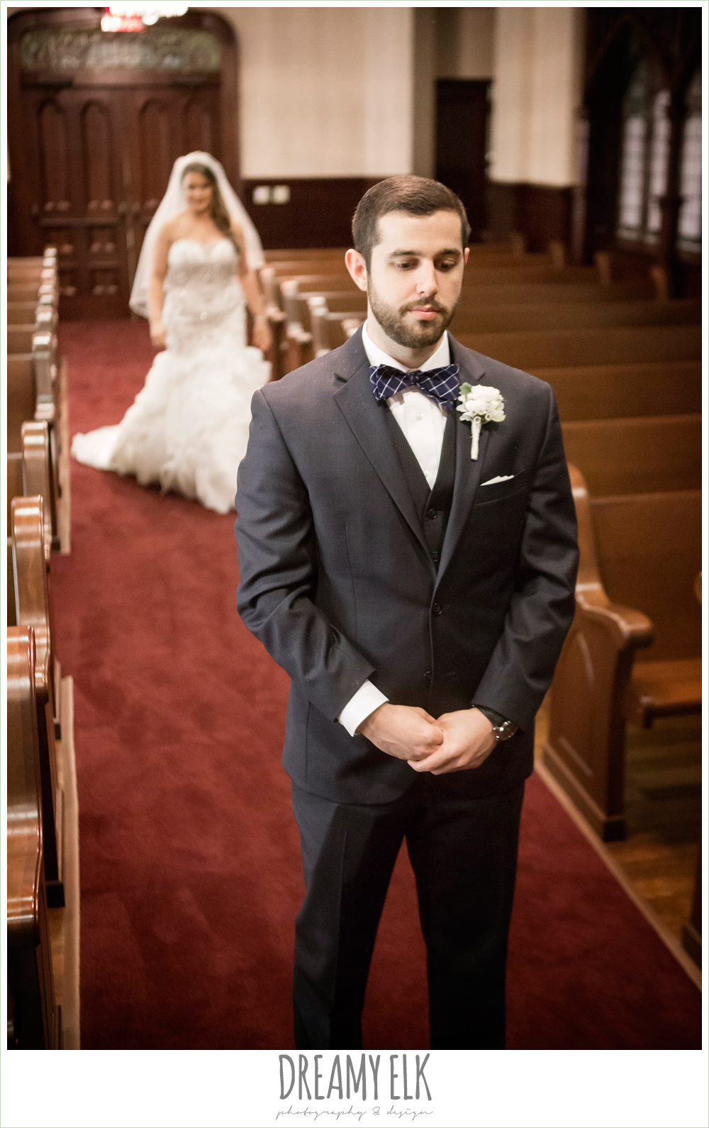 first methodist houston church chapel, first look, bride and groom, spring wedding, magnolia hotel, houston, texas {dreamy elk photography and design}