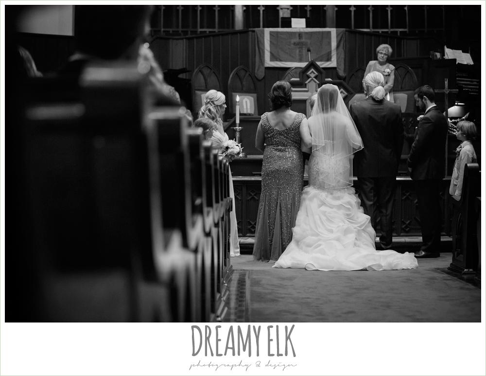 church wedding ceremony, first methodist church, spring wedding, magnolia hotel, houston, texas {dreamy elk photography and design}