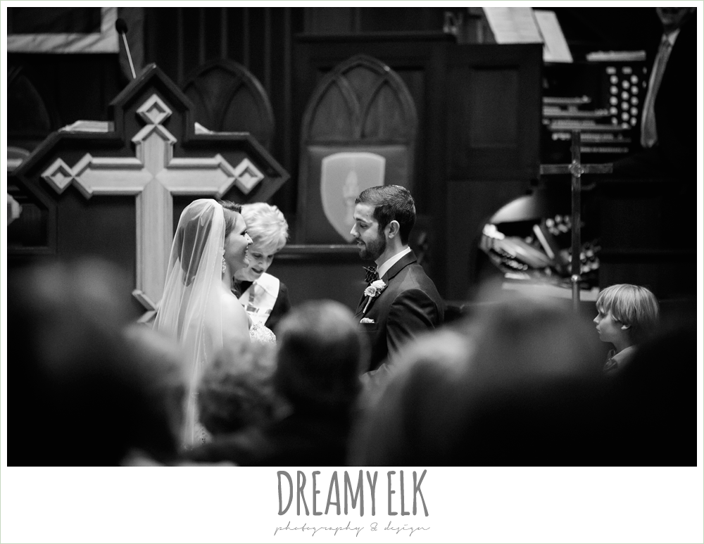 church wedding, wedding ceremony, first methodist church, spring wedding, magnolia hotel, houston, texas {dreamy elk photography and design}