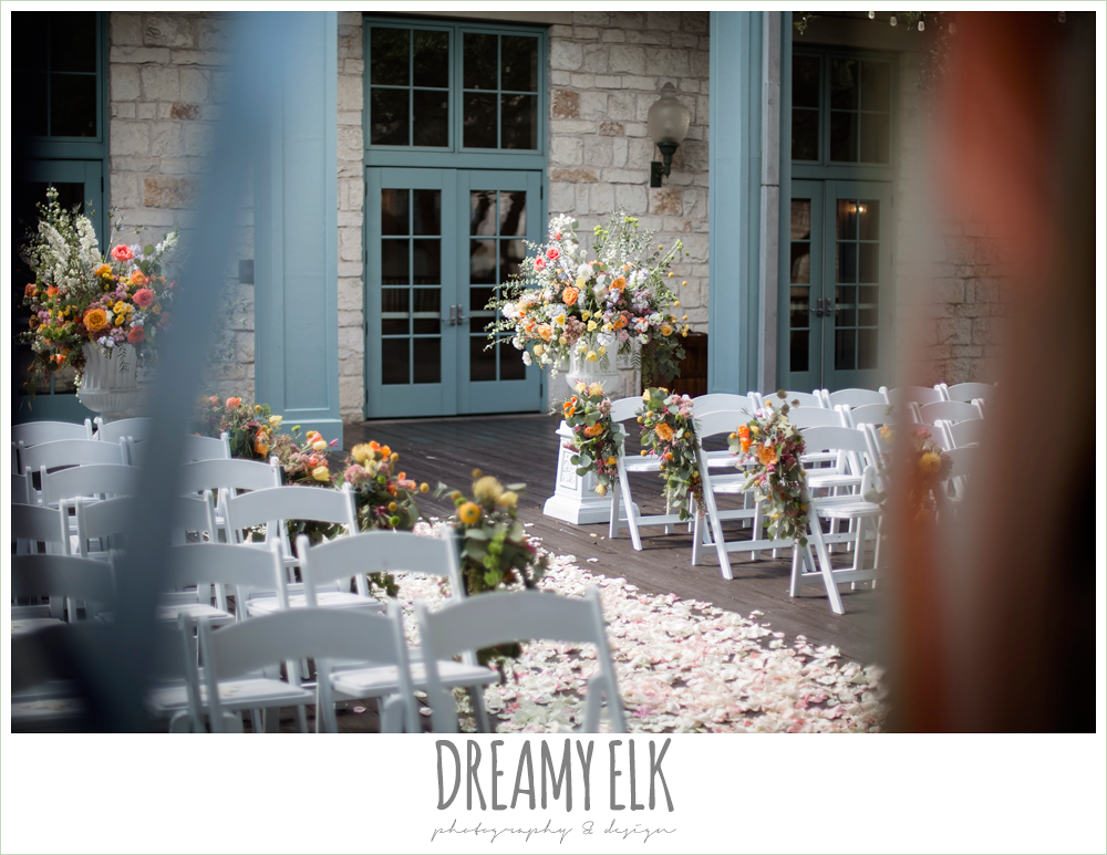 Plans n' Petals wedding bouquet, colorful outdoor sunday morning brunch wedding, hyatt hill country club, san antonio wedding photo {dreamy elk photography and design}
