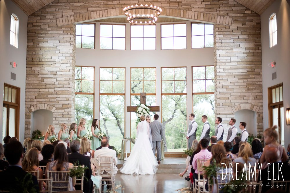 indoor wedding ceremony, summer july wedding photo, canyonwood ridge, dripping springs, texas {dreamy elk photography and design}