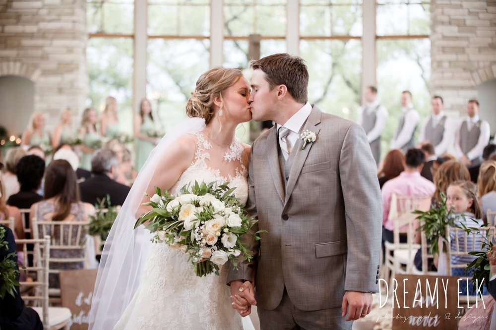 summer july wedding photo, canyonwood ridge, dripping springs, texas {dreamy elk photography and design}