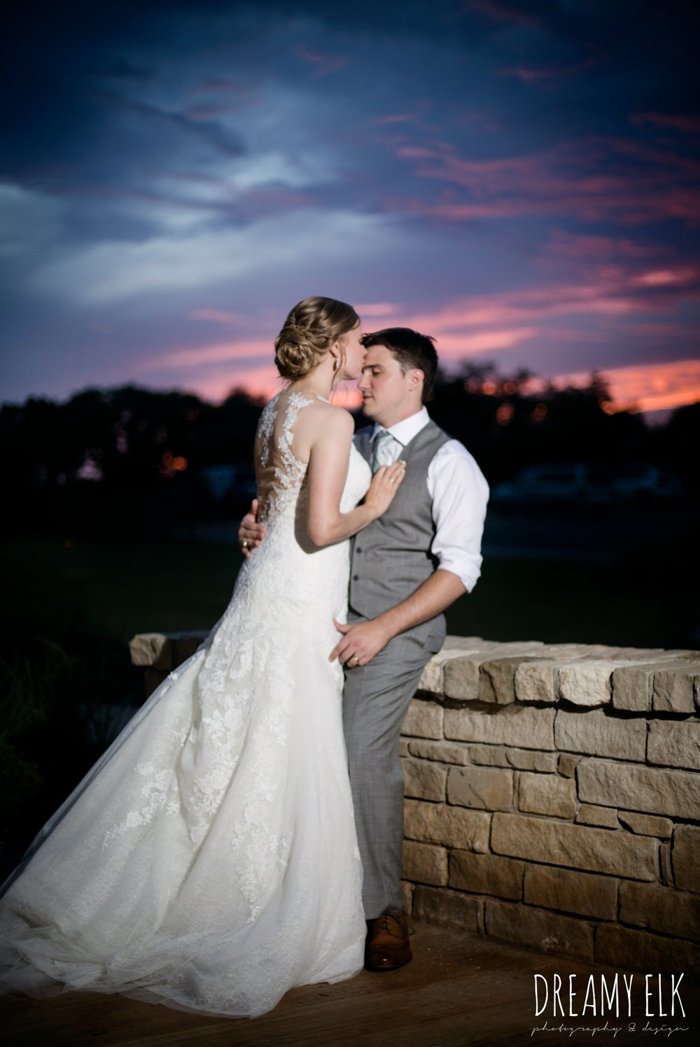 bride and groom sunset, summer july wedding photo, canyonwood ridge, dripping springs, texas {dreamy elk photography and design}