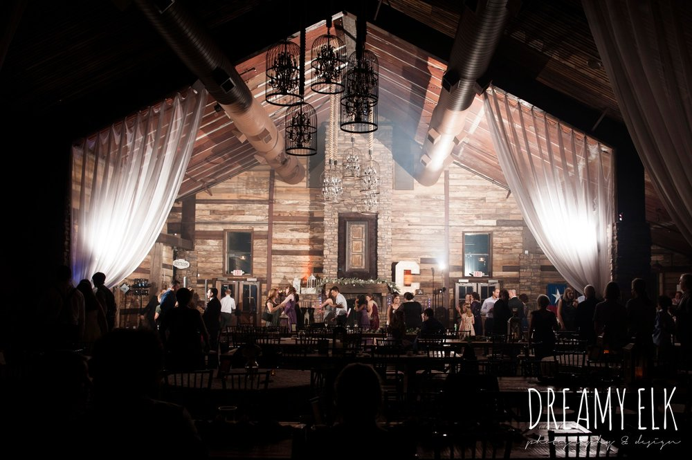 guests dancing on the dance floor, summer july wedding, lavender, big sky barn, houston, texas, austin wedding photographer {dreamy elk photography and design} photo