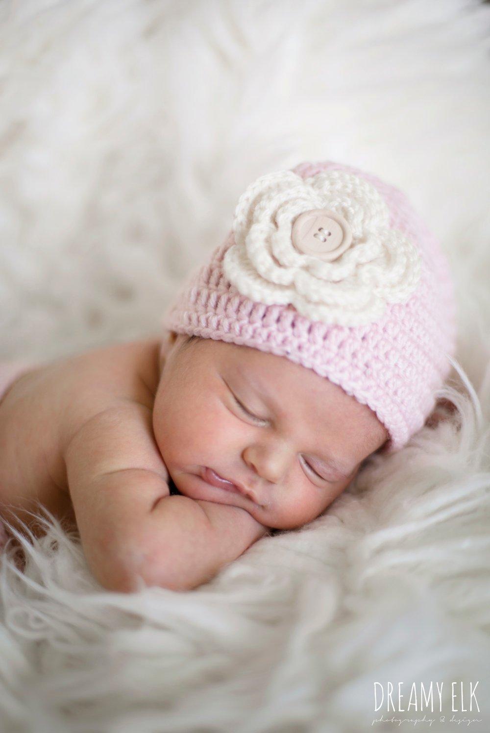 newborn baby girl photo, crochet pink hat