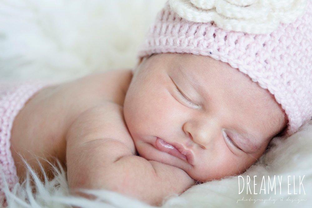 newborn baby girl photo, pink crochet