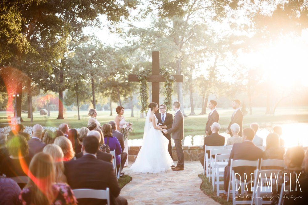 sunset wedding ceremony, outdoor fall october wedding photo, blush and gray wedding, balmorhea weddings and events, dreamy elk photography and design, austin texas wedding photographer
