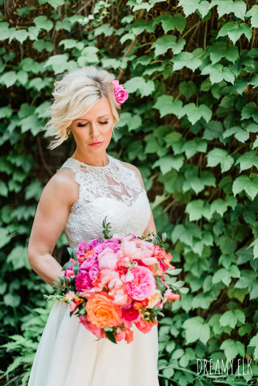 bride, michael faircloth, short wedding dress, spring colorful pink orange wedding photo, fort worth, texas, dreamy elk photography and design, jen rios weddings, kate foley designs
