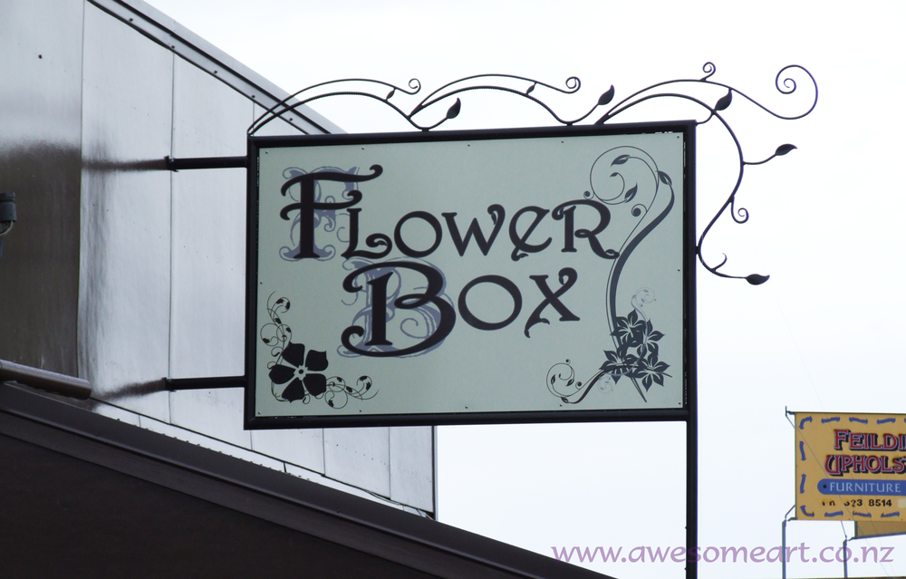 Flower-Box.png