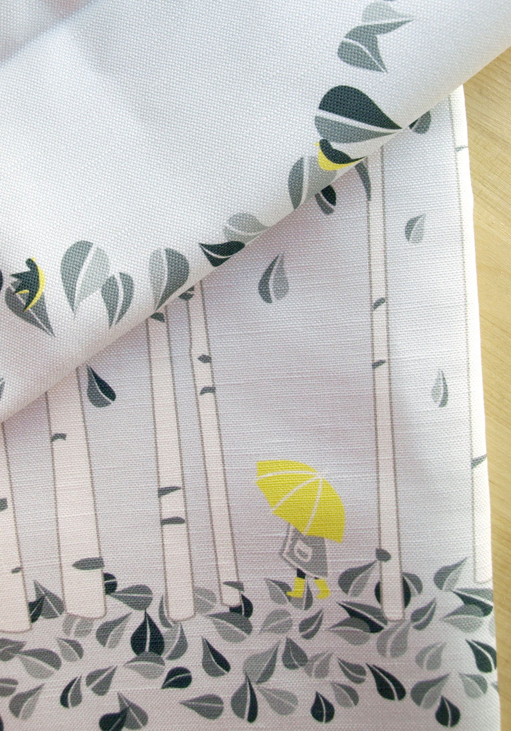 A little recoloring for a custom birch runner. I love yellow and gray together. Thank you, Erin, for the suggestion!