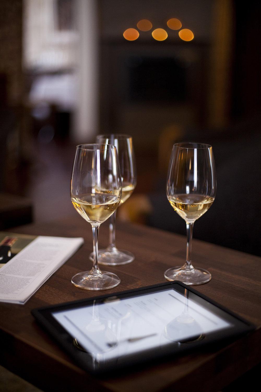 viini&ipad02.jpg