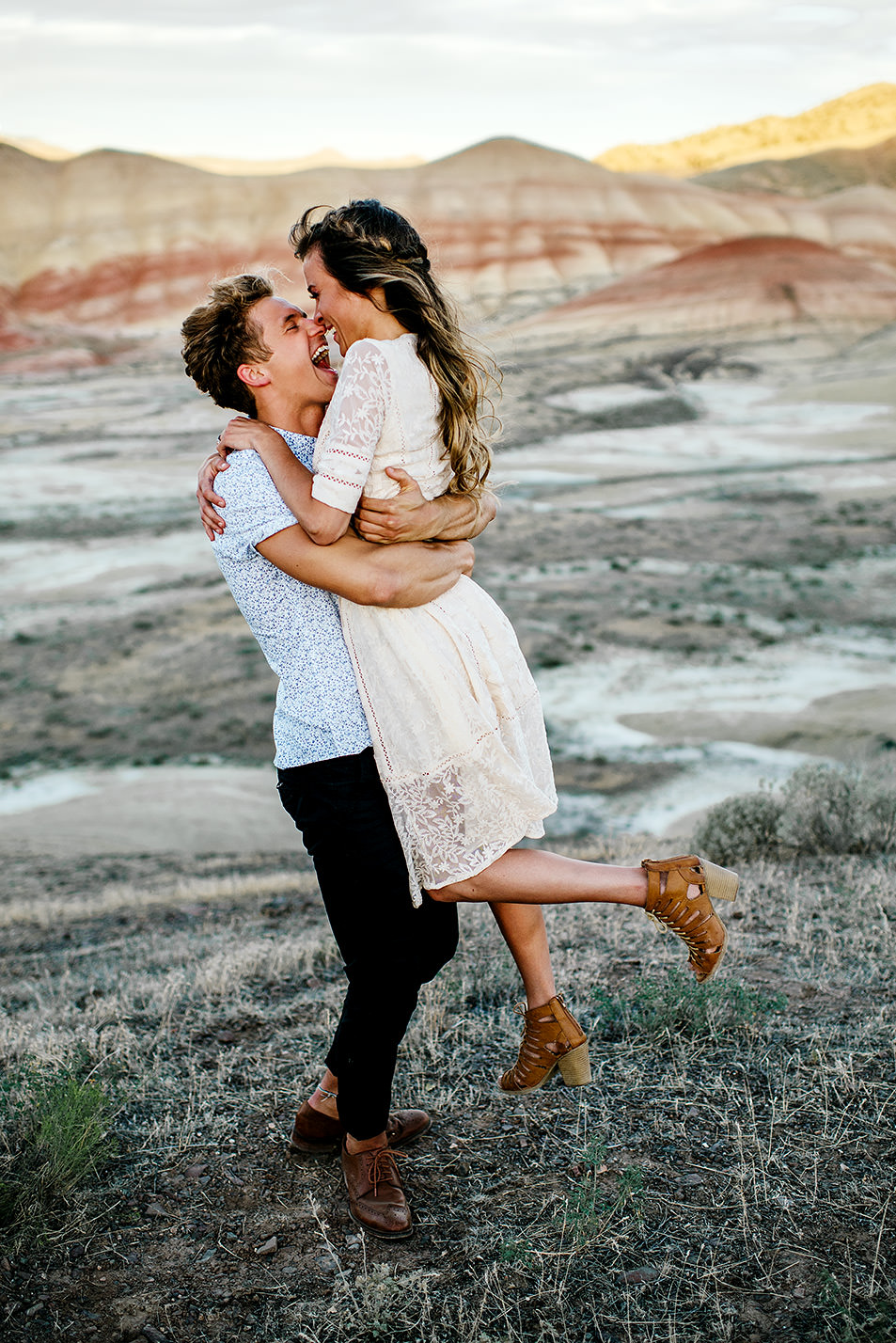 Painted hills Oregon engagement session