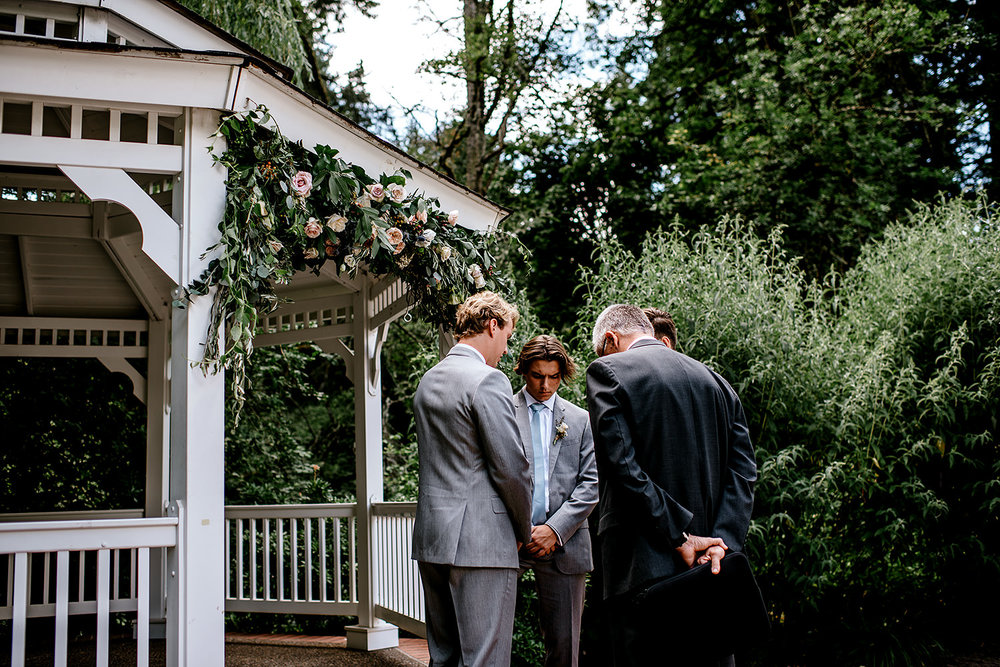 Portland-Oregon-Wedding-Photographer-Abernethy-Center-Wedding381.jpg