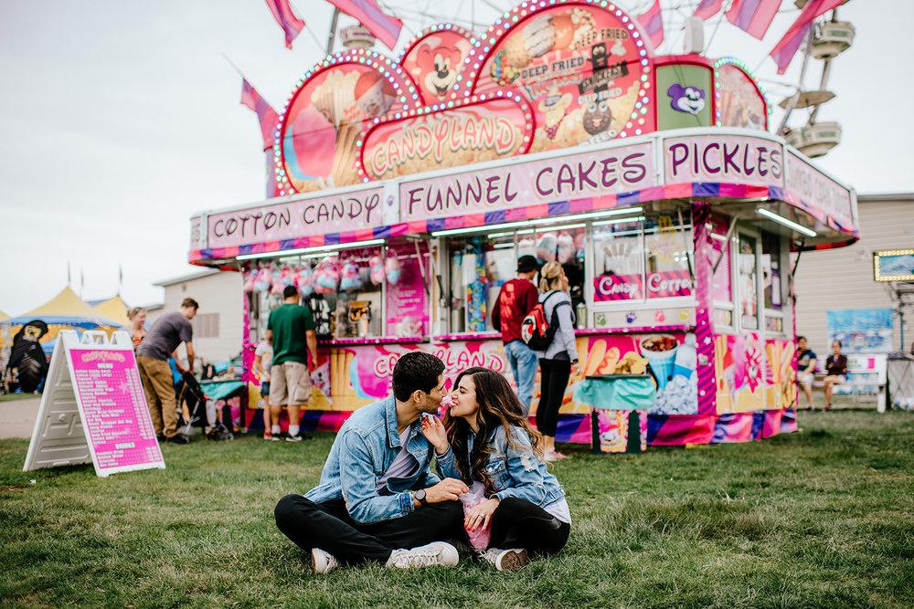 Portland-wedding-photographer-carnival-engagement-photos_211.jpg