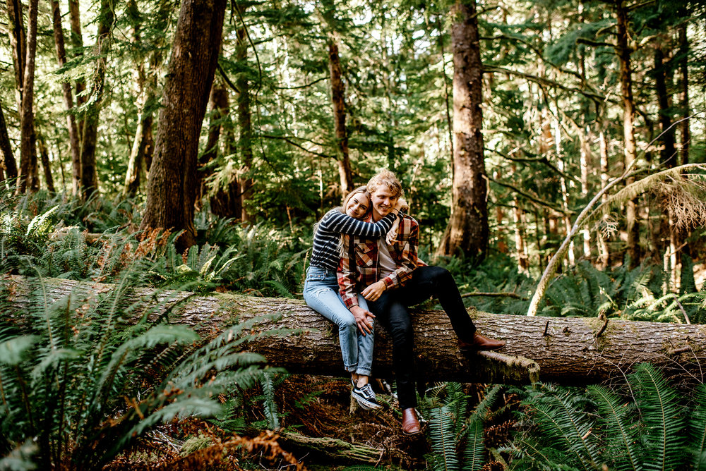 Oregon-Coast-Engagment-Session-Wedding012.jpg